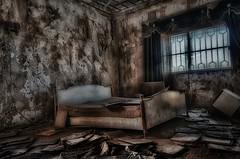 Decay Room (zai Qtr) Tags: abandoned nikon decay zai exploration shams qatar dukhan