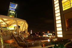 in an intersection in Osaka (Proj de Castro) Tags: longexposure nightphotography travel autumn japan night osaka kansai hdr a6000 autumnfeels