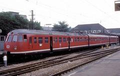 456 407  Karlsruhe Hbf  30.06.77 (w. + h. brutzer) Tags: analog train germany deutschland nikon eisenbahn railway zug trains db karlsruhe 456 eisenbahnen triebwagen triebzug et56 triebzge webru