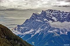 Blick aud die Zugspitze ist mit 2962m der hchste Berggipfel Deutschlands (garzer06) Tags: berg berglandschaft alpen alpenlandschaft zugspitze wolken himmel landschaftsbild fern tirol sterreich naturephotography landscapephotography natur wald landschaftsfotografie naturfotografie