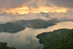 Sun Moon Lake  (Vincent_Ting) Tags:        sunset clouds  sky taiwan water lake sunmoonlake sunrise    pier   morning dawn  galaxy        crepuscularrays vincentting  milkyway