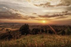 Crags and gullies of Volterra (gionatatammaro) Tags: colline raggi alaperto trees toscany italia nikon volterra pisa paesaggio landscape allaperto collina montagna tramonto sunset alberi