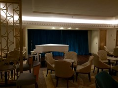 Cunard Queen Mary 2 - Carinthia Lounge (trakked) Tags: 2 mary lounge carinthia queen cunard