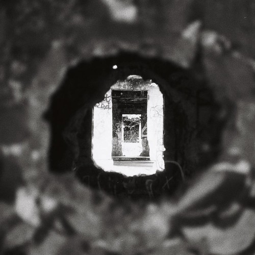 VI ➖➖➖➖➖➖➖➖➖➖ #igers_philly #philadelphia #analog #filmblahblahblah #film #35mm #mood