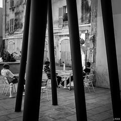 Dsaccord (Julien Rode) Tags: gomtrie nb portfolio rue street toulon urban ville