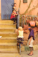 Little children playing at Medina in Marrakech (Jos Morcillo Valenciano) Tags: medina marrakech morocco children