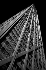 Chicago Skyline (Pete Foley) Tags: chicago skyline monochrome bw littlestories picswithsoul ivoryebony flickrsbest overtheexcellence