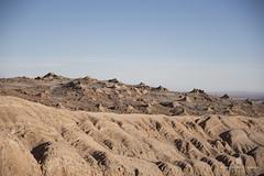 Valle de la luna, Atacama (Alexander Urdiales) Tags: atacama chile valledelaluna sudamerica landscape paisaje rocks desert