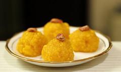 Boondi ka laddu (abhiinav) Tags: boondikaladdu laddu mithai indiansweets