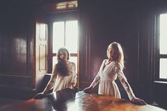 Portrait-Castle (Martin Neuhof | martin-neuhof.com) Tags: girls blond piano
