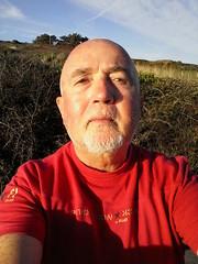 Selfie on a late afternoon walk - Esquibien - Finistre - Autumn 2016 (jeanyvesriou1) Tags: autoportrait selfportrait autoritratto autoretrato selfie me myself lateafternoonwalk esquibien finistre automne2016 autumn2016