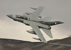 Fang 11 (Dafydd RJ Phillips) Tags: gr4 tornado panavia marham raf force air royal level low loop mach