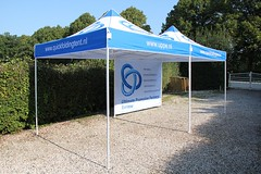 Quick Folding Tent by UPPE
