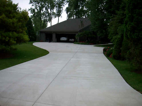 "concrete-driveway • <a style=""font-size:0.8em;"" href=""http://www.flickr.com/photos/76775226@N06/16115188983/"" target=""_blank"">View on Flickr</a>"