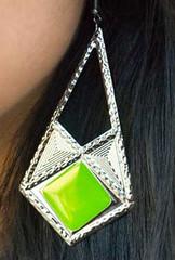 Glimpse of Malibu Green Earrings K1 P5810A-1