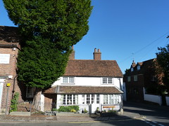 Westerham - Sevenoaks Kent (100) (Royan@Flickr) Tags: house green monument river james town kent general quebec churchill sir winston sevenoaks westerham wolfe darent 20120907
