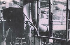 L'acirie (Vestia) Tags: france lorraine fonte usine 57 fer moselle ouvrier acier sidrurgie convertisseur moyeuvregrande acirie convertisseurthomas