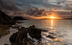 Le soleil se lve sur Porquerolles (Guizzosoprano) Tags: longexposure sea sky seascape france nature clouds sunrise canon ile ctedazur ciel provence nuages hyeres porquerolles poselongue presquledegiens canoneos6d canon1635f4isusm