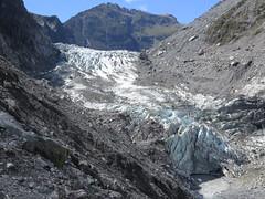 "Fox glacier <a style=""margin-left:10px; font-size:0.8em;"" href=""http://www.flickr.com/photos/83080376@N03/16651417319/"" target=""_blank"">@flickr</a>"