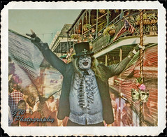 New Orleans Life Styles 001 (H2OJunkie) Tags: portrait fuji neworleans adobe bourbonstreet mime onone topaz photoshopelements7 gwphotography finepixxp55