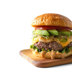 california burger avocado slices sprouts chipotle aioli tomato lettuce grilled onion jalapenos toasted brioche bun (PersonalCreations.com) Tags: california food dinner tomato recipe lunch avocado burger lettuce treat onion grilled sprouts bun chipotle brioche slices toasted jalapenos aioli