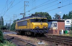 1601  Emmerich  09.08.96 (w. + h. brutzer) Tags: emmerich 16 eisenbahn eisenbahnen train trains railway niederlande holland elok eloks lokomotive locomotive zug ns webru analog nikon