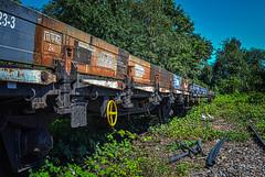 Deutsche Bahn (FrstLife) Tags: green yard train wagon stones db nrw deutschebahn rost ruhrgebiet hdr gleis ruhrpott gter fuerstlife