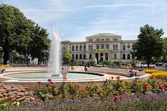 Frankfurter Zoo (Kurt Hollstein) Tags: zoofrankfurttiergehegeoutdoorcanoneos70dl70200mmf2 8 frankfurtmain