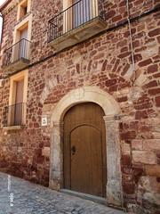 PRADES-27 (e_velo ()) Tags: 2016 catalunya baixcamp prades primavera spring olympus e620 buildings edificis edificios doors puertas portes