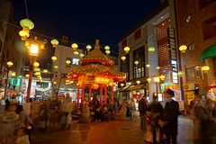 Nankinmachi (Proj de Castro) Tags: longexposure nightphotography travel autumn japan night kobe kansai hdr a6000 autumnfeels