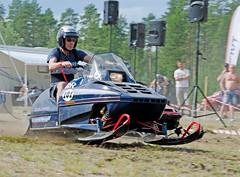 drag041 (minitmoog) Tags: dragrace grass dragracing sleds snowmobiles skoter veteran vintage lycksele