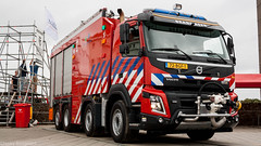 Zeeland Refinery newest fire truck (Nicky Boogaard Photography) Tags: zeeland refinery nhv polizia lamborghini volvo eurocopter alouette porsche knrm