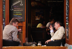 Portrait (Natali Antonovich) Tags: friends brussels portrait beer cafe belgium belgie bruxelles talk bier gesture emotions terras belgianbeer gestures sweetbrussels mannekenpiscafe