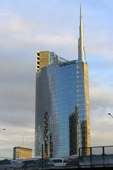 (B Plessi) Tags: milan architecture italia milano garibaldi italie isola bgp2014
