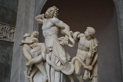 Laoconte by Policleto (Gaia *) Tags: italy rome roma art statue museum greek dad with roman snake musei vaticano his thats marble favourite beautifull sons vaticani marmo policleto vaticanis laocontes