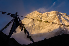 51__JZM6861.jpg (David Ducoin) Tags: nepal shadow mountain snow temple asia wind hiking buddhist religion summit himalaya moutain makalu