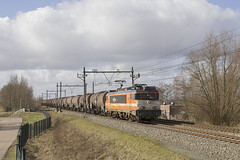 LOCON 9908 met GATX keteltrein in Oudewater (NS Bodegraven) Tags: train bad zug zl lc 9900 trein zwolle bh badbentheim oudewater bentheim ketel gatx odw 9908 locon ketels keteltrein