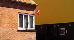 Dannebrogen (brandsvig) Tags: gudhjem bornholm flag flagga denmark danmark july 2016 island  balticsea stersjn dannebrogen fahne