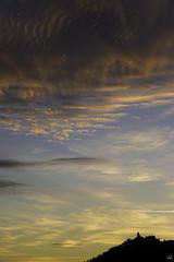 Malo y Siniestro (unvictorhugo) Tags: cielo mirador nubes paisaje color colorful nature sky zacatecas textura texture contraste sun amanecer sol
