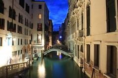 One night in Venice (66Colpi) Tags: venezia calle ponti lungaesposizione notturno acqua