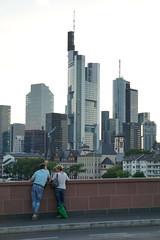 DSC00293 (o_r_a_c_l_e) Tags: frankfurt mainufer