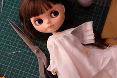 Happy fabric mail day (Tirin & Katten) Tags: sewing blythe blythedoll doll nightgown linen workinprogress