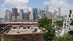 Rooftopconstruction Brooklyn/New York (dirklie65) Tags: wolkenkratzer skyscraper sky view manhattan rooftop dach roof buildingsite usa brooklyn newyork