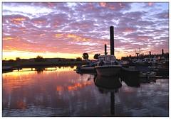 Sunrise Marina (metsemakers) Tags: jachthaven jacht yacht marina sky sunrise sun clouds wolken neer limburg thenetherlands water maas