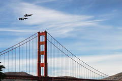 Blue Angels and the Golden Gate Bridge - Fleet Week 2016 - San Francisco (Lisa Simpson Photography) Tags: 2016 airshow autumn bayarea blog blueangels bridge california crissyfield digitalwonderlandphotography fa18hornet fall fleetweek goldengatebridge jet lisasimpsonphotography military navy october sanfrancisco travelisa usa