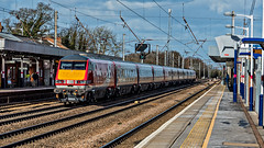 DVT 82219 P1290012 rszA (Hertsman) Tags: coast edinburgh cross trains class east virgin kings hitchin 91 1100 82219 91124