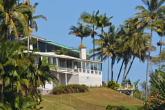 Honolii House (aliciadesign) Tags: surf whales bigisland honolii