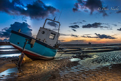 Meols shore, Wirral (davenewby123) Tags: sunset england seascape boats unitedkingdom malls wirral canoneos70d