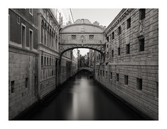 Ponte dei Sospiri (Susan Pau) Tags: venice venezia venedig