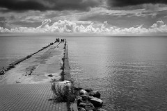 K. marios. Nida (Pavel 'PAshaRome' Vavilin) Tags: blackandwhite landscape mare sea street candid monochrome seaside море пейзаж улица